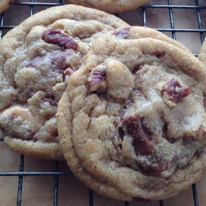 Biscoff Toffee Pecan Cookies